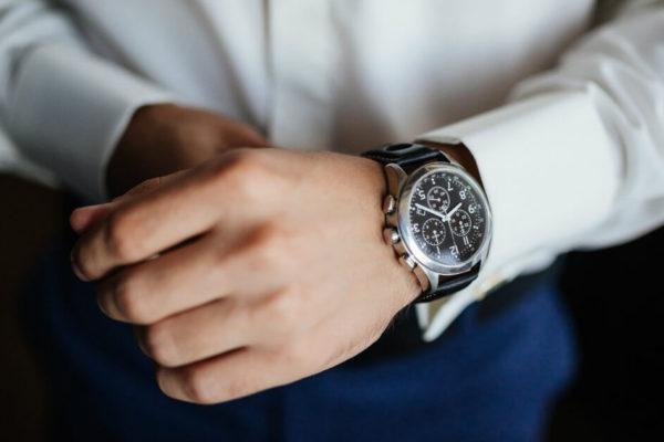 Jak správně nosit pánské hodinky